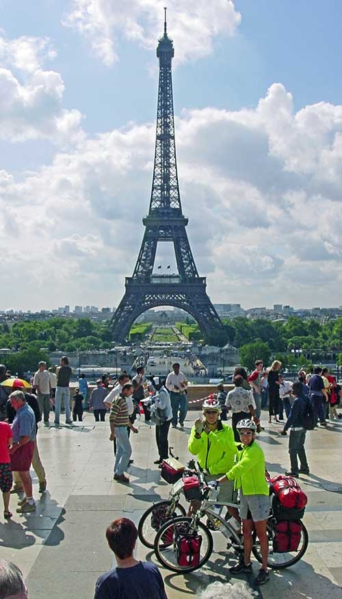 WorldRiders2 at Eiffel Tower, Paris France